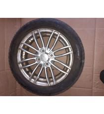 cerchio in alluminio Ligier Ixo di seconda mano con pneumatico 155/65/R14